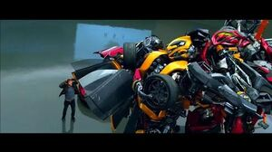 Transformers Age of Extinction - Bumblebee meets Stinger Scene (1080pHD VO)