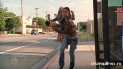 Billie steals Didi's Leg