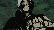 Black Zetsu coats Obito