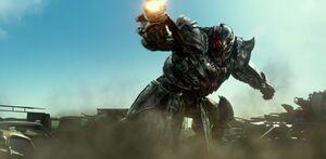 Transformers The Last Knight International Trailer 4K Screencap Gallery 305