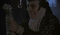 Bavmorda's arm turning to stone