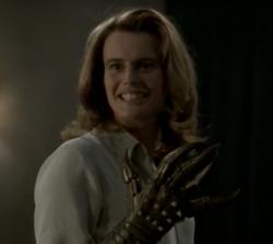 Gwendolyn Glove