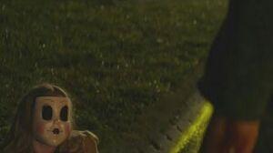 The Strangers Prey at Night - Kinsey kills and unmasks Dollface (Scene)