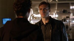 Hunter confronts Harry