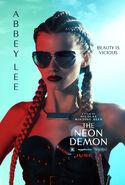 SARAH (Abbey Lee Keershaw) in 'The Neon Demon) 2
