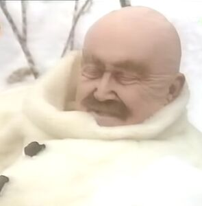 Dr. Gruselglatz Biting Snowman