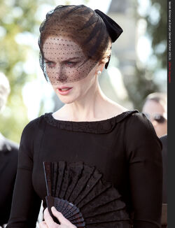 Nicole kidman mourning dress sad cry evelyn stoker 2013