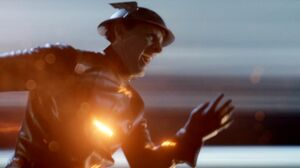 Hunter Zolomon Flash rescues people