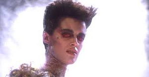 Gozer turns to face the Ghostbusters