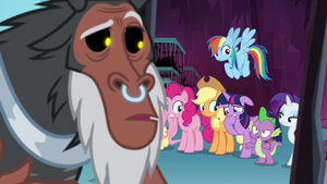 Spike 'there's seven of us' S8E26