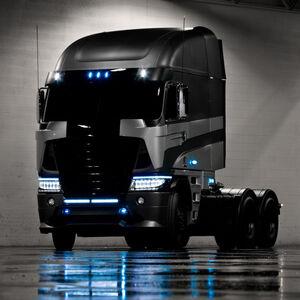 2014-freightliner-argosy-cab-over-truck-transformer-4-movie-michael-bay-02-570x570
