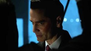 Gotham James Gordon vs Theo Galavan