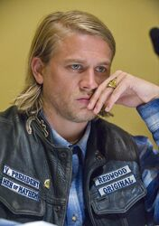 Jax-Teller-sons-of-anarchy-13737026-1416-2012