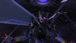 Soundwave vs Airachnid
