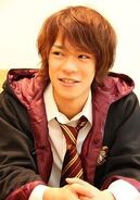 Kensho Ono as Harry Potter