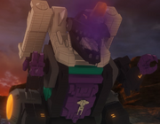 Starscream Trypticon TR