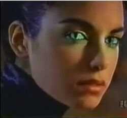 Carole Cat Eyes