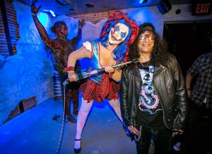 Slash.Clowns 3D.Halloween Horror Nights.promoFB.0923-14