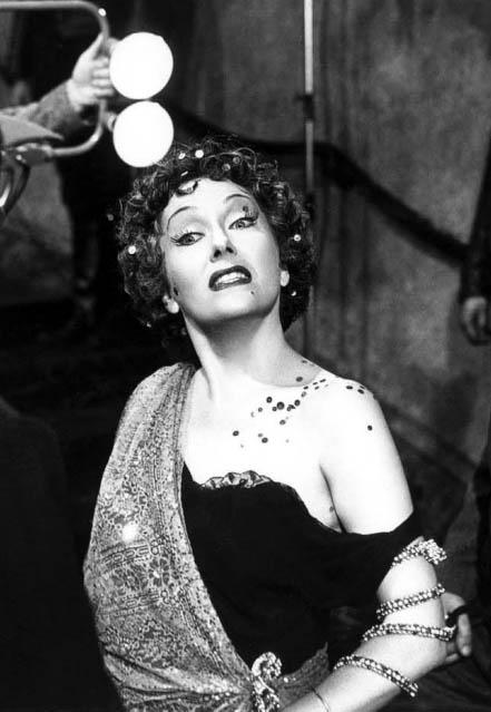 Norma Desmond | Villains Wiki | Fandom