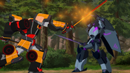 Shadow Raker fighting Drift