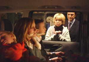 Richard Hillman kidnaps his family