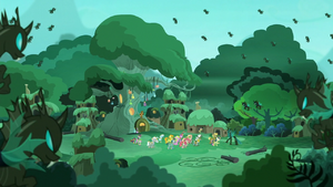 Changeling army surrounding the village S5E26