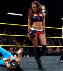 Evil Alicia vs Bayley