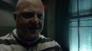 Gotham - 3x12 - Lee visits Barnes at Arkham