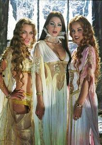 Brides of Dracula trio