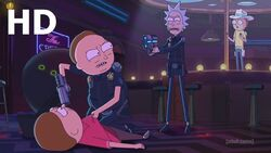 Cop Morty held at gunpoint