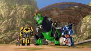 RID15 Autobots vs Soundwave Autobots Superior