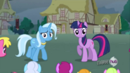Now you're a loser Trixie