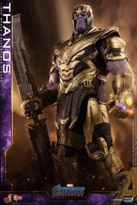 Hot-Toys-Avengers-Endgame-Thanos-004 1024x1024