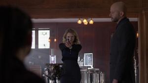 Eve reveals her allegiance to Lex