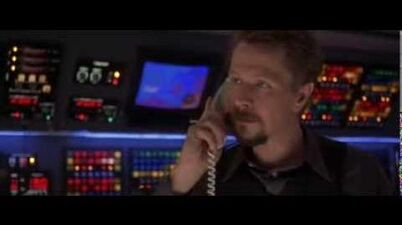 Gary Oldman in Air Force One - part 12 14