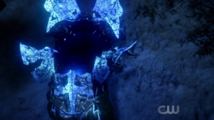 Savitar getting out of his armor