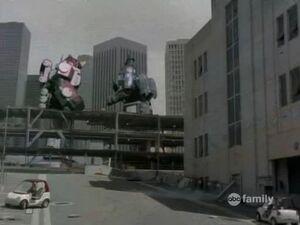Megazords in new footagestratocentaurusvillainstogetherdestroyingcolony