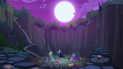 Queen Chrysalis flies away in the night S8E13
