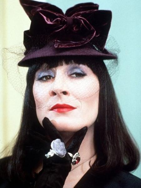 Grand High Witch | Villains Wi...