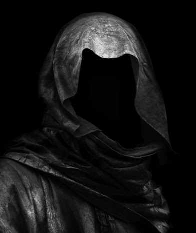 Cloaked_figure.jpg