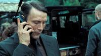 Le-Chiffre-Casino-Royale-Suit-4