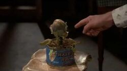 Little Shop of Horrors Clip ''Grow for Me''