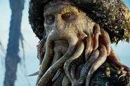 Davy Jones 3 Top 5 baddies-s360x240-24868-580