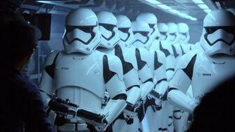 Storm-Trooper-Star-Wars-The-Force-Awakens-4K-Wallpaper