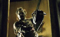 Texas-chainsaw-massacre-2003-leatherface-2