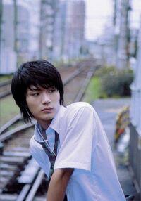 Akihiko2