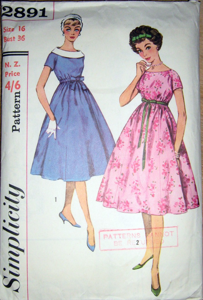 5a204763b41 Simplicity 2891 from 1959. Maternity dress in junior and misses  sizes.  Dress has a rounded neckline