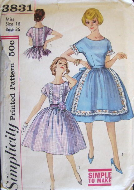 Simplicity 3831 Front
