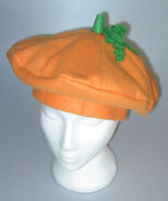http://creativemisc.blogspot.com/2013/10/octobers-hat-pumpkin-beret