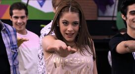 Ven y Canta Violetta